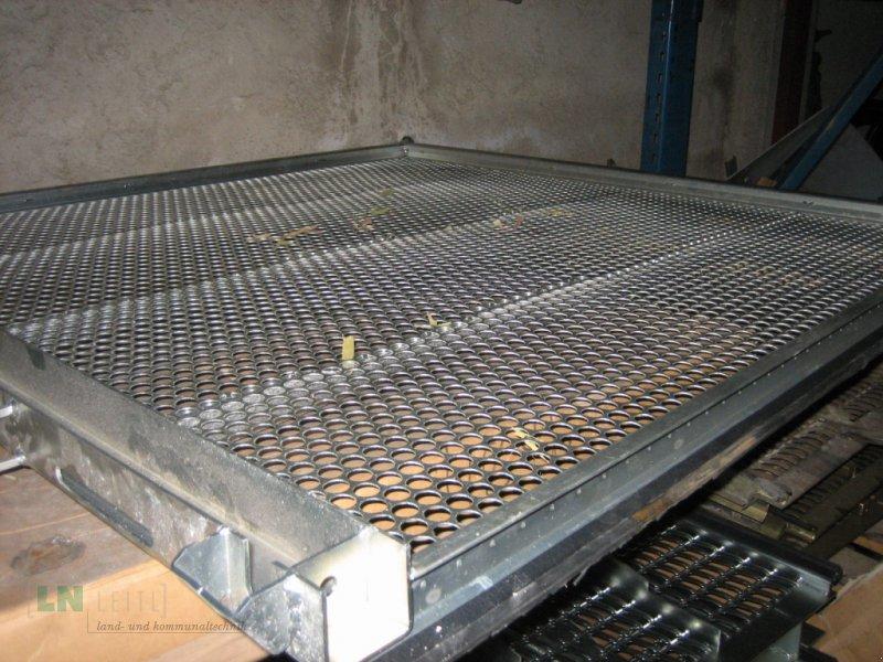 Maisausrüstung des Typs John Deere Verschiedene Maissiebe, Gebrauchtmaschine in Eggenfelden (Bild 11)