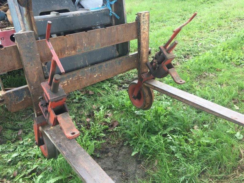 Maishackgerät des Typs Sonstige styrehjul. 1.250 kr. pr. stk., Gebrauchtmaschine in øster ulslev (Bild 1)