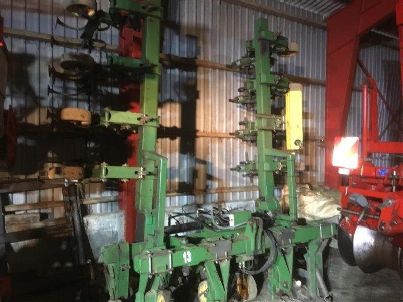 Maishackgerät des Typs Thyregod TRV 8rk. med kamera styrring, kan også 12 rk på 50 cm, Gebrauchtmaschine in Bredsten (Bild 1)