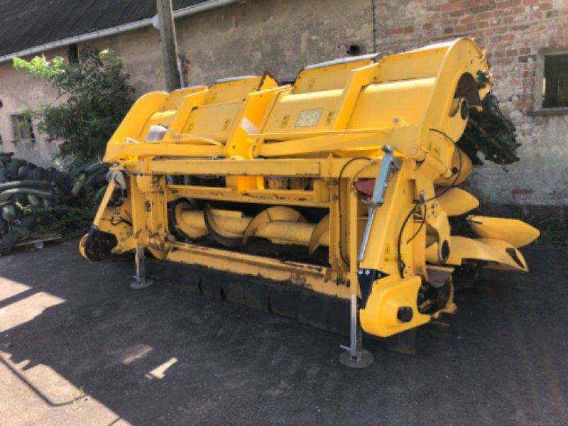 Maispflückvorsatz des Typs New Holland MF 875 W, Gebrauchtmaschine in Ebersbach (Bild 1)