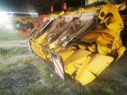 Maispflückvorsatz tip New Holland MF875W, Gebrauchtmaschine in Le Horps