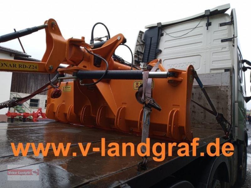 Maisschiebeschild des Typs PRONAR RD-Z24, Neumaschine in Ostheim/Rhön (Bild 1)
