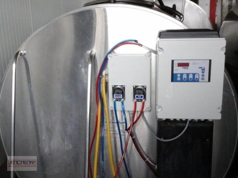 Melkroboter des Typs De Laval 3200 Liter Milchkühltank, Gebrauchtmaschine in Tuntenhausen (Bild 1)