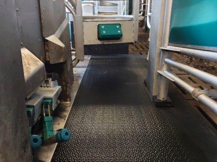 GEA Monobox Доильный робот