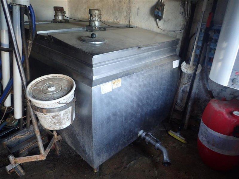Milchkühltank типа Alfa Laval mælketank, kølekompressor  1900 Liter, Gebrauchtmaschine в Egtved (Фотография 1)