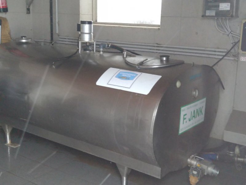 Milchkühltank типа Müller 1700l, Gebrauchtmaschine в Persenbeug (Фотография 1)