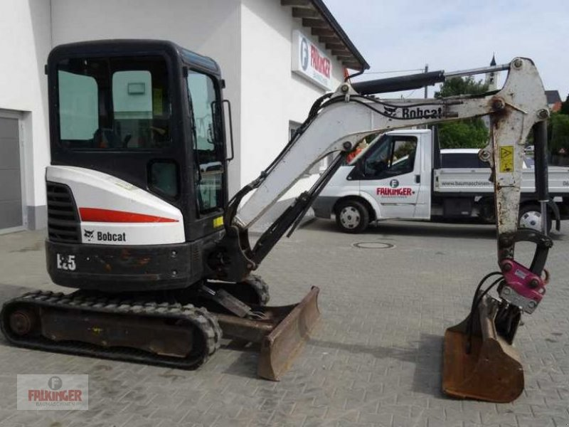 Minibagger des Typs Bobcat E25 EM, Gebrauchtmaschine in Putzleinsdorf (Bild 2)