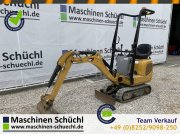 Minibagger des Typs Caterpillar 300.9 D Microbagger Verstellaufwerk neuwertig, Gebrauchtmaschine in Schrobenhausen-Edels