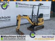 Minibagger des Typs Caterpillar 300.9 D Microbagger Verstellaufwerk neuwertig, Gebrauchtmaschine in Schrobenhausen