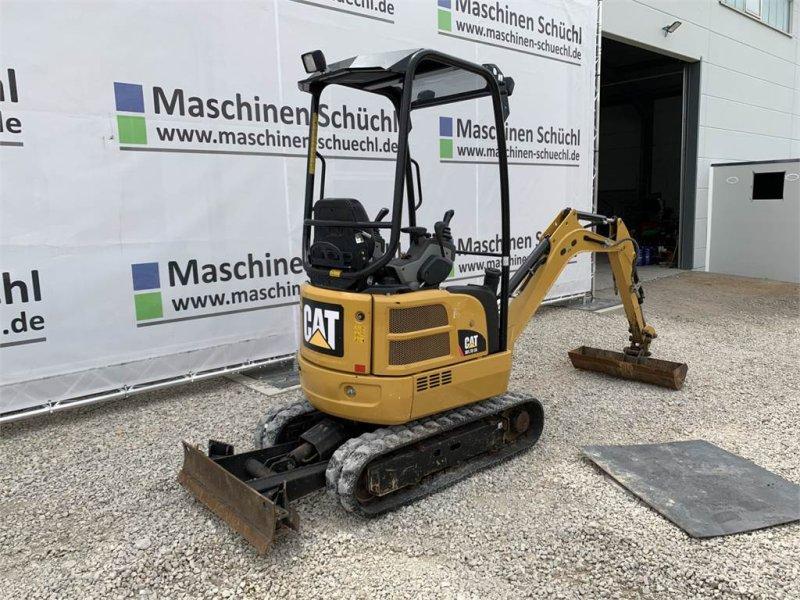 Minibagger des Typs Caterpillar 301.7 DCR Verstelllaufwerk Neuwertig, Gebrauchtmaschine in Schrobenhausen (Bild 5)