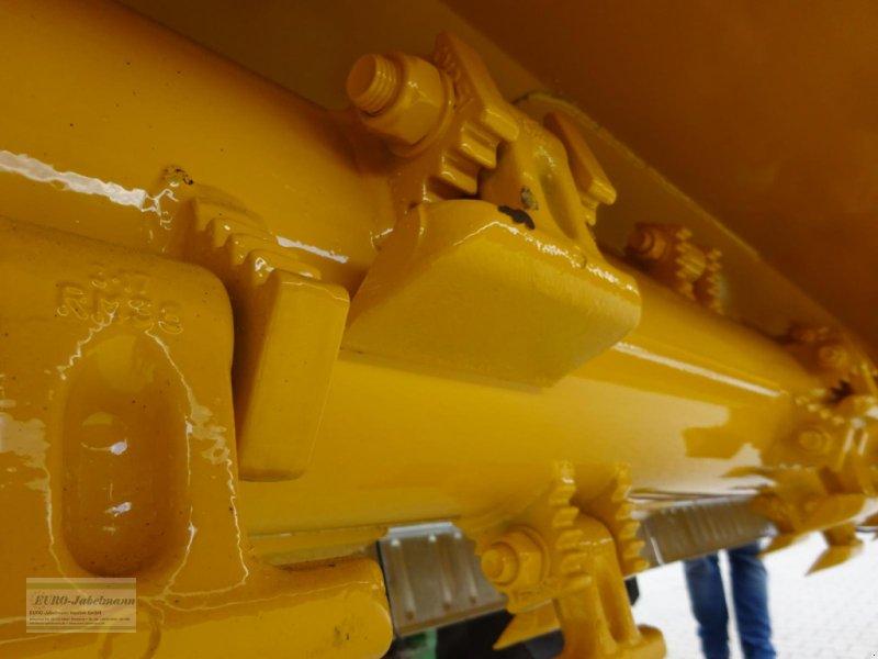 Mulcher des Typs Agromec Front- und Heckanbau Mulcher / Mulchgerät Extraline HF 2813, 2,80 m Arbeitsbreite, NEU, (aus dem Hause Orsi), für Traktoren bis 160 PS, Ausstellungsmaschine, Neumaschine in Itterbeck (Bild 13)