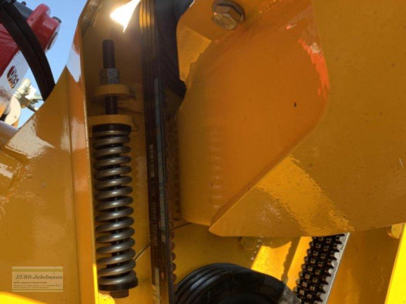 Mulcher des Typs Agromec Seitenmulcher mit hydr. Seitenverschiebung, Neigungsverstellung, hydropn. Anfahrsicherung, Mulcher / Mulchgerät AGM Plus GS 2100 Hadox, 2,00 m Arbeitsbreite, NEU, (aus dem Hause Orsi), für Traktoren bis 170 PS, Ausstellungsmaschine, Neumaschine in Itterbeck (Bild 12)