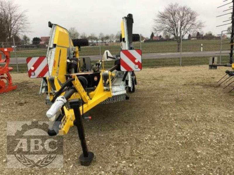 Mulcher типа Bednar MZ 4500, Neumaschine в Klein Bünzow (Фотография 1)