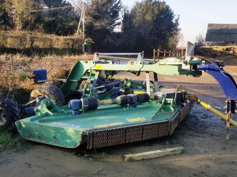 Mulchgerät & Häckselgerät типа Desvoys BROYEUR GRANDE LARGEUR, Gebrauchtmaschine в CHAILLOUÉ (Фотография 1)