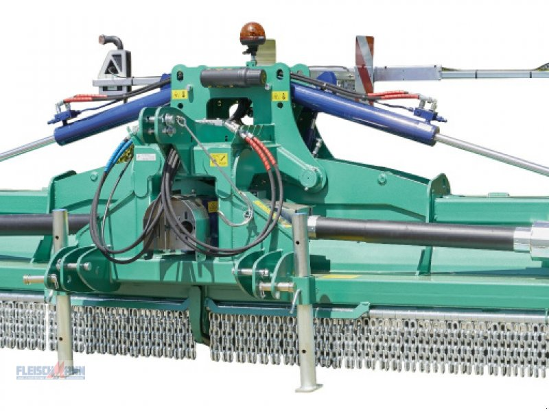 Mulchgerät & Häckselgerät типа Desvoys Master-Field, Neumaschine в Landau/Isar  (Фотография 1)