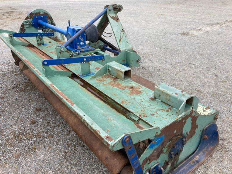 Mulchgerät & Häckselgerät типа Desvoys UNIVERSEL310, Gebrauchtmaschine в Gueret (Фотография 1)