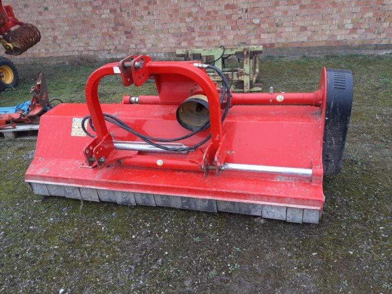 Mulchgerät & Häckselgerät типа DRAGONE VP 240 SH, Gebrauchtmaschine в Meschede (Фотография 1)