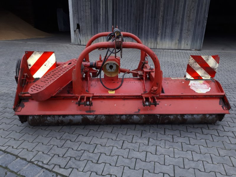 Mulchgerät & Häckselgerät des Typs Humus KMF 300, Gebrauchtmaschine in Aislingen (Bild 1)