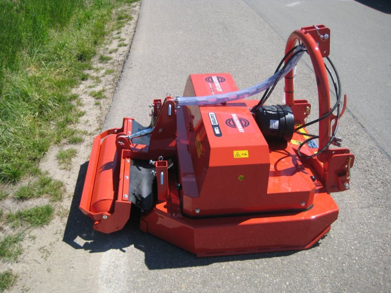 Mulchgerät & Häckselgerät типа Sauerburger Castor 1350, Neumaschine в Niederkirchen (Фотография 1)