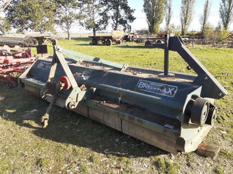 Mulchgerät & Häckselgerät tip Sonstige BROYEUR, Gebrauchtmaschine in Bray En Val (Poză 1)