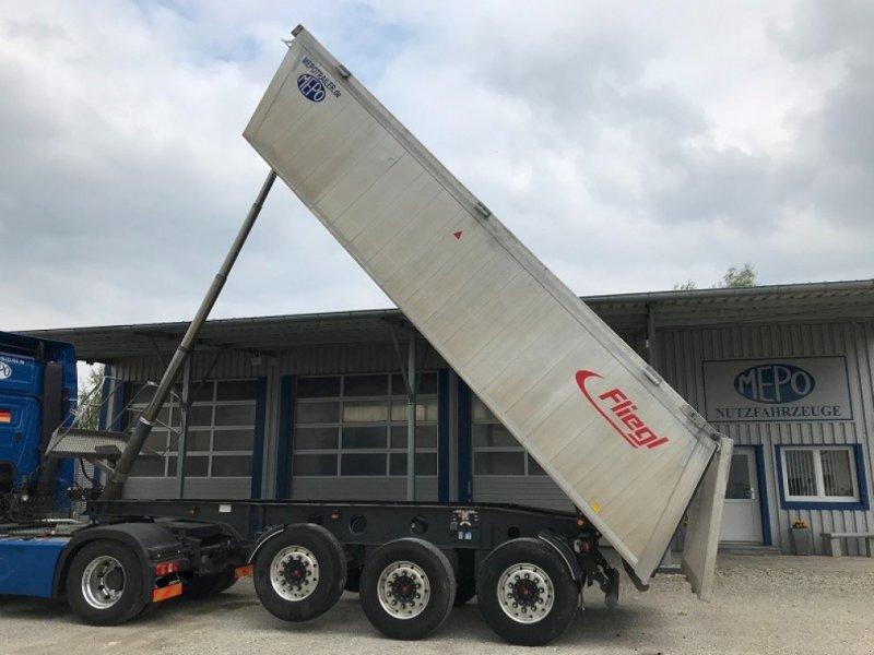 Muldenkipper des Typs Fliegl KIPPMULDE 4470kg Leergewicht EZ 2017, Gebrauchtmaschine in Großkarolinenfeld bei Rosenheim / B15 (Bild 1)