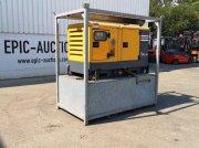 Notstromaggregat типа Atlas Copco QAS 20 Aggregaat met Dieseltank, Gebrauchtmaschine в Leende