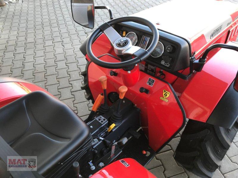 Obstbautraktor des Typs Antonio Carraro Tigre 3200, Neumaschine in Waldkraiburg (Bild 4)