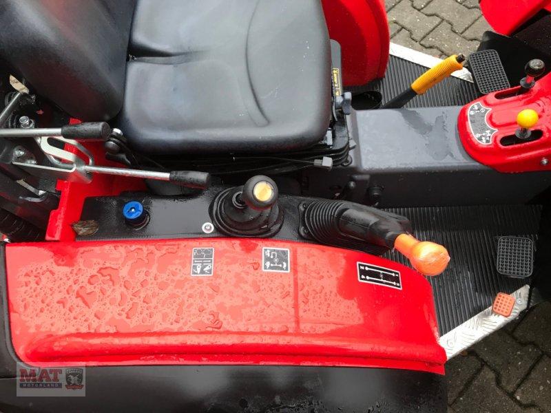 Obstbautraktor des Typs Antonio Carraro Tigre 3800, Neumaschine in Waldkraiburg (Bild 4)