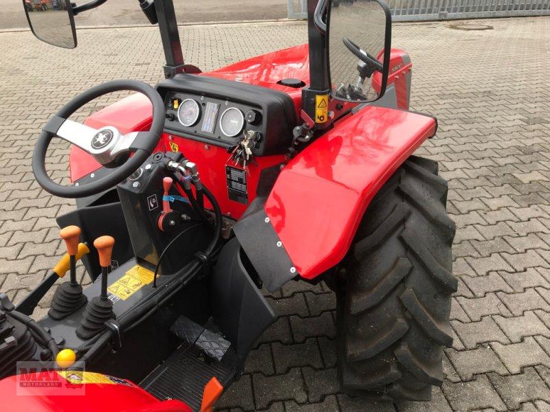 Obstbautraktor des Typs Carraro Tigrone 5800, Neumaschine in Waldkraiburg (Bild 3)
