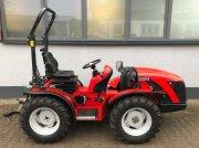 Carraro TTR 4400 HST - II Allrad Traktor Schlepper Wendesitz gyümölcsösgondozó traktor