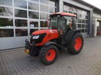Kubota M 9540 Narrow Traktor za voćnjake