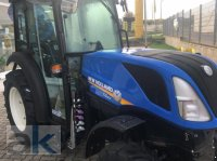 New Holland T4.90V Tractor cultivare fructe
