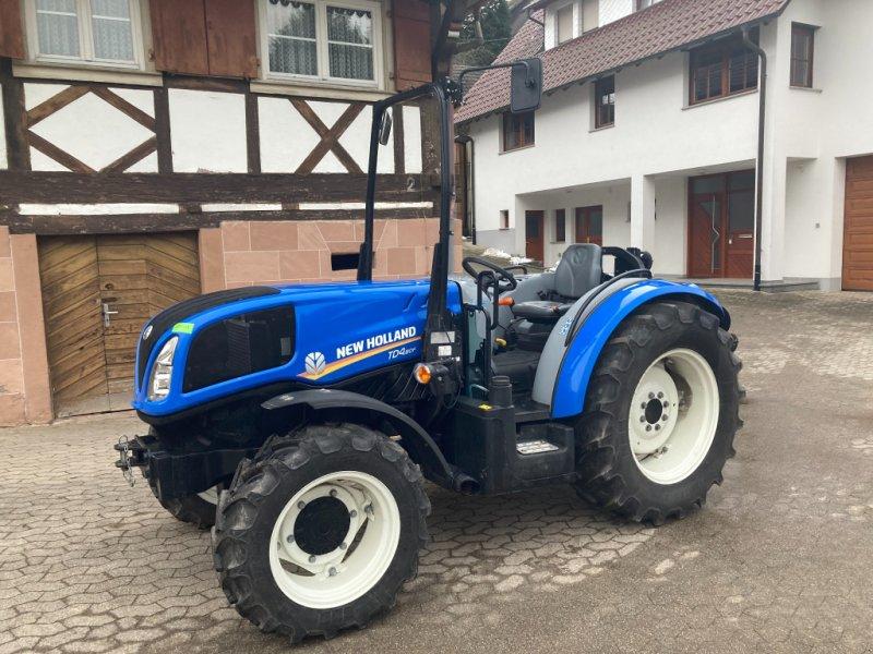 Obstbautraktor des Typs New Holland TD4.80F, Neumaschine in Oberkirch (Bild 1)