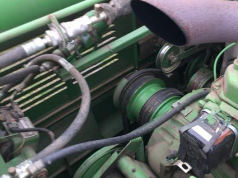 Oldtimer-Mähdrescher типа John Deere 1055, Neumaschine в Червоноград (Фотография 5)
