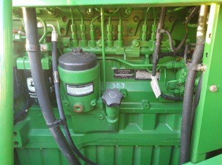 Oldtimer-Mähdrescher des Typs John Deere 9770 STS, Neumaschine in Звенигородка (Bild 8)