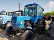 Oldtimer-Traktor des Typs Belarus Беларус-80, Neumaschine in Кропивницький