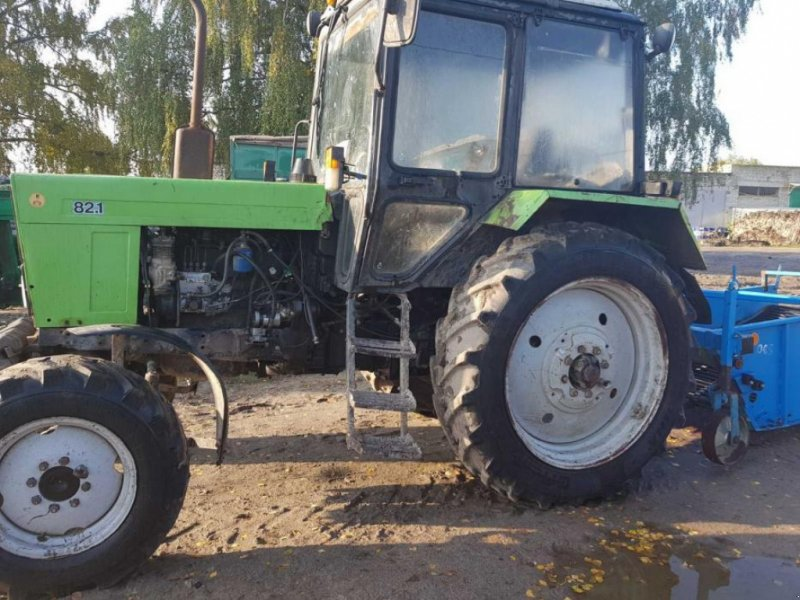 Oldtimer-Traktor des Typs Belarus Беларус-82, Neumaschine in Кіровоград (Bild 1)