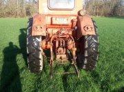 Belarus 650 Oldtimer-Traktor