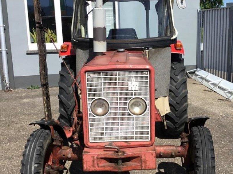 Oldtimer-Traktor des Typs Case IH 353S, Gebrauchtmaschine in Bühl (Bild 2)