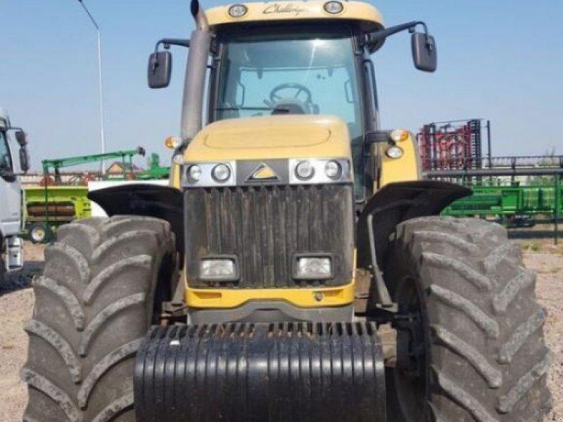 Oldtimer-Traktor des Typs CHALLENGER MT685C, Neumaschine in Київ (Bild 1)