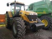 Oldtimer-Traktor des Typs CHALLENGER MT685C, Neumaschine in Київ