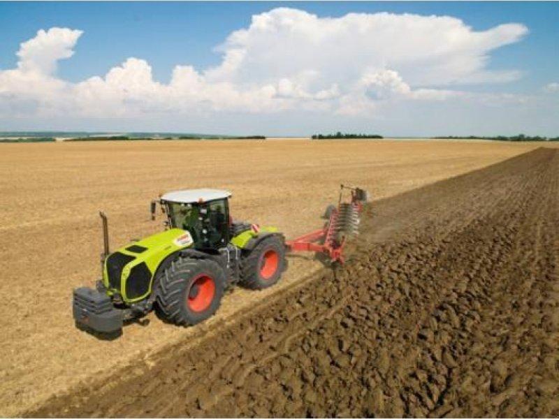 Oldtimer-Traktor типа CLAAS Xerion 5000, Neumaschine в Кіровоград (Фотография 1)
