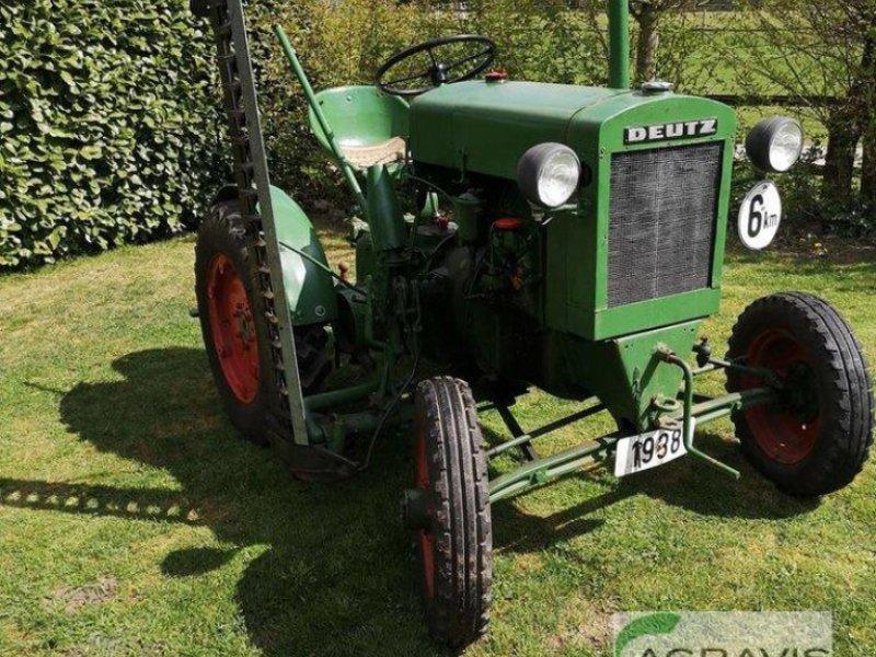 Oldtimer-Traktor des Typs Deutz-Fahr 11 er Deutz, Gebrauchtmaschine in Gyhum-Nartum (Bild 1)
