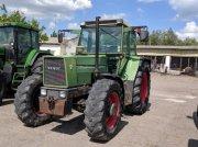 Oldtimer-Traktor des Typs Fendt 612 LS, Neumaschine in Золочів