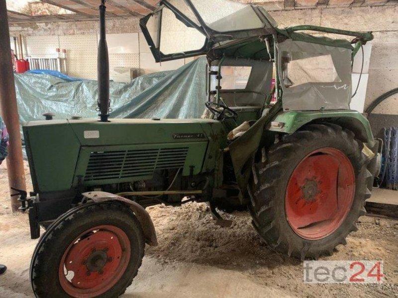 Oldtimer-Traktor des Typs Fendt Farmer 4S, Gebrauchtmaschine in Diez (Bild 1)