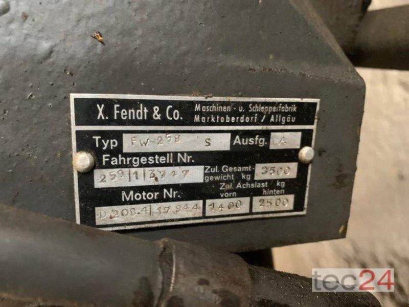 Oldtimer-Traktor des Typs Fendt Farmer 4S, Gebrauchtmaschine in Diez (Bild 3)
