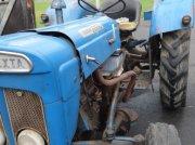 Oldtimer-Traktor tipa Ford Super Dexta, Gebrauchtmaschine u Schirnding