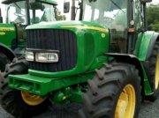 Oldtimer-Traktor des Typs John Deere 6520, Neumaschine in Звенигородка