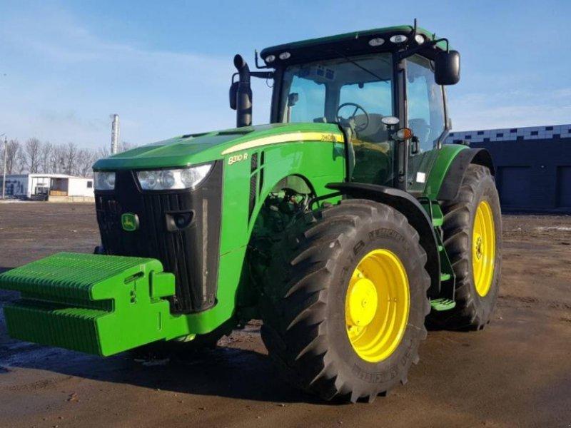 Oldtimer-Traktor типа John Deere 8310R, Neumaschine в Звенигородка (Фотография 1)