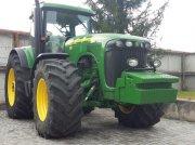 Oldtimer-Traktor des Typs John Deere 8420, Neumaschine in Звенигородка
